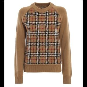 New NwT Burberry vintage check sweater top